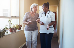 How Staff Members Improve Your Senior Living Experience