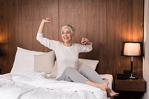 5 Easy Ways to Prevent Seniors from Falling Out of Bed